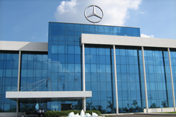 компания Mercedes-Benz