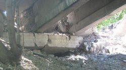 Боевики взорвали железнодорожный мост в городе Счастье
