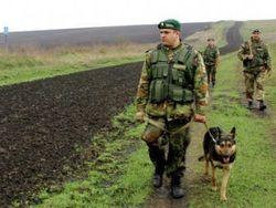 Украинские пограничники пленили российского солдата с арсеналом оружия