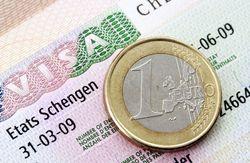 ЕС заявил, что шенгенские визы крымчане смогут получить только в Украине