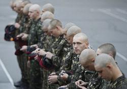 Турчинов восстановил призыв молодежи в армию