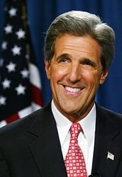 Госсекретарь США впервые поздравил украинок с 8 Марта