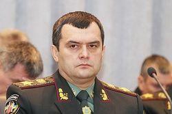 """Глава МВД Украины обещает карать всех, кто """"не желает мира и спокойствия"""""""