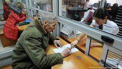 Правительство выживает за счет рядовых россиян – Преображенский
