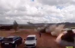 Ракетный удар Ка-52 по автопарковке