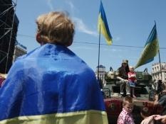 Общественное вече на Майдане в Киеве потребовало люстрации и расследований