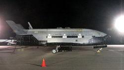 Секретный шаттл X-37B возвращается из космоса после 665-дневного полета