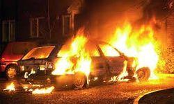 Ответственность за сожженные в Киеве авто взял на себя «Красный Сектор»