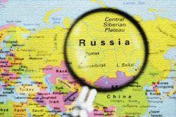 Трейдеры: грозит ли России кризис и обвал курса рубля к доллару США