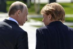 Меркель исключает возвращение России в G8