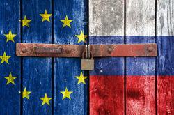 Санкции Запада против России уже приносят результат – Guardian