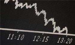 Фондовый рынок РФ испытывает негативное влияние санкций – аналитик