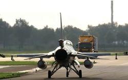 Истребитель F-16 подбил сам себя: в НАТО пока не знают причину
