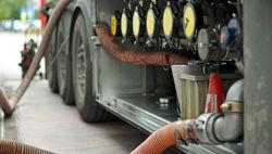 Сразу на 60 процентов прыгнули цены на бензин в Туркменистане