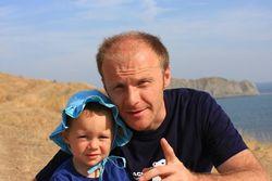 Денис Синяков с сыном