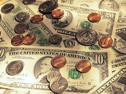 Курс доллара на Forex торгуется в узком диапазоне перед важной статистикой США