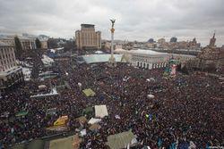 Оппозиция запугивает Евромайдан разгоном спецтехникой