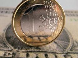 Курс евро на Forex продолжил снижение в среду