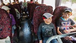 Российские госкорпорации отправляют детей за границу, а не в Крым