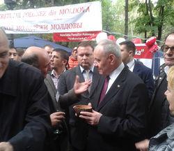 Москва снова проталкивает идею федерализации Молдовы – президент Тимофти