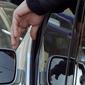 В Италии ввели штраф за брошенный мимо урны окурок – 300 евро