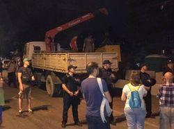 В Киеве забросали камнями офис «Альфа-банка»