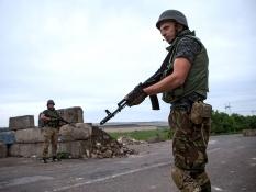 В Крыму продолжают стягивать тяжелую технику РФ – СНБО