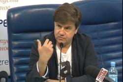 Политолог: только при посредничестве РФ можно договориться с Донбассом
