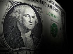 Дорожающий доллар на форексе вызвал истерику среди банкиров и рядовых украинцев