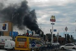 В Киеве пожар на крупнейшем рынке столицы