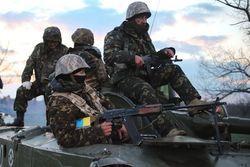 Затягивание АТО инспирирует антикиевские настроения на Донбассе – Москаль