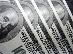 Эксперты считают, что к концу года доллар в России будет дороже 40 рублей