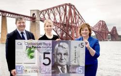В Шотландии появились первые пластиковые банкноты