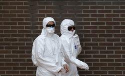 Вирус Эбола может передаваться через прикосновения