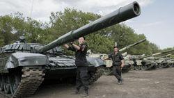Есть ли связь между затишьем в Донбассе и активизацией РФ в Сирии – эксперты