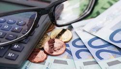 Курс евро снизился до 1.3773 на Forex