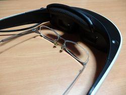 Не дождавшись выставки IFA 2013, Sony показала очки-дисплей HMZ-T3