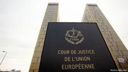 Суд ЕС отменил санкции против Азарова и Ко.