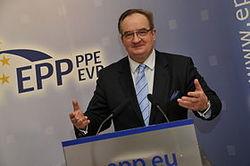 ЕС повышает ставки, предложив Украине  помощь размером  1 млрд евро в год