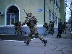 Донецкая область осталась без выплат – боевики захватили отделение НБУ