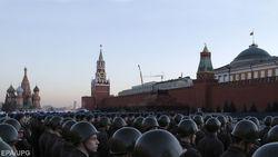 На что хотят поменять уход из Донбасса в Кремле – мнение Пионтковского