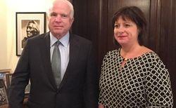 Яресько через Маккейна просит у США оружие для Украины