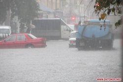 Затопленные улицы Житомира