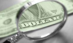 Курс доллара продолжает укрепление к евро на Forex в пятницу