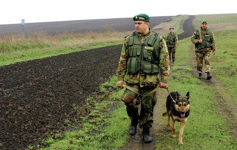 Пограничники приняли бой и отбили нападение террористов на Донетчине - Цензор.НЕТ 907