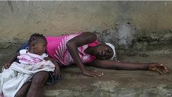 В Либерии хаос из-за лихорадки Эбола: Минздрав прекратил работу