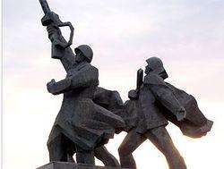 Рижане против сноса памятника советским солдатам