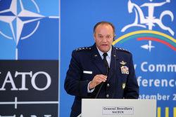 Россия перестала быть партнером НАТО – Бридлав