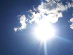 В Москву идет жара 30 градусов, МЧС ждет природные катаклизмы по всей стране