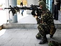 Над Луганском замечены российские боевые самолеты